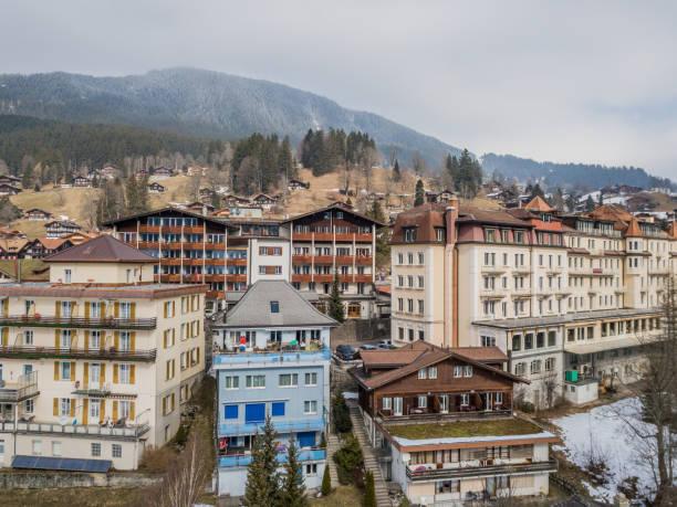 grindelwald und eiger - hotel bern stock-fotos und bilder
