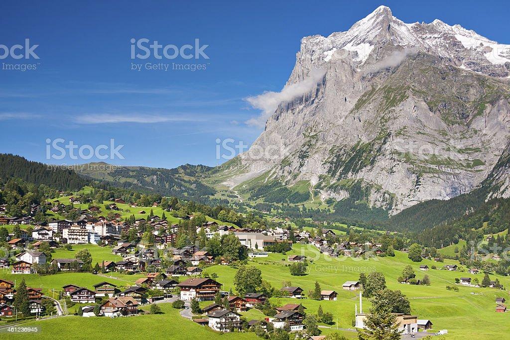 Grindelwald und Wetterhorn, Schweizer Alpen – Foto