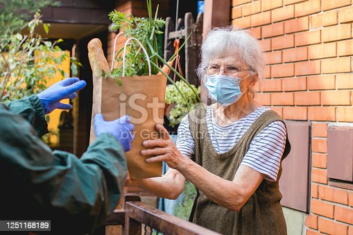 food delivered to elderly person during epidemic lockdown isolation