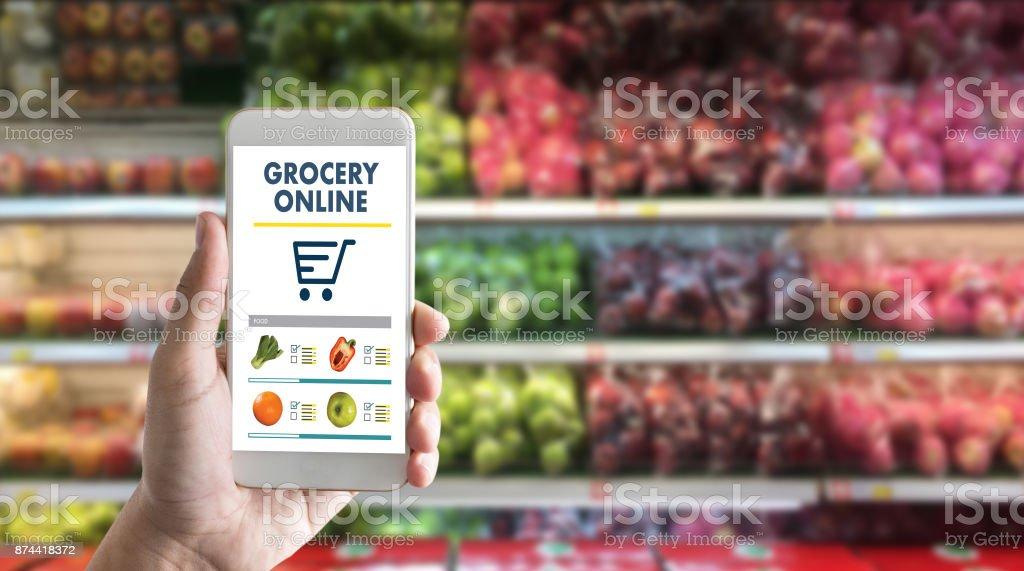 Einkaufen bei Upermarket Mall Supermarkt Gemüse gesunde Ernährung Smartphone-Online-Supermarkt – Foto