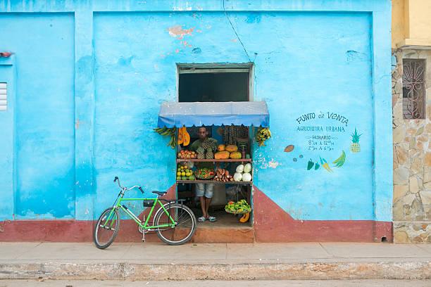 Lebensmittelladen im Straße von Trinidad Kuba – Foto