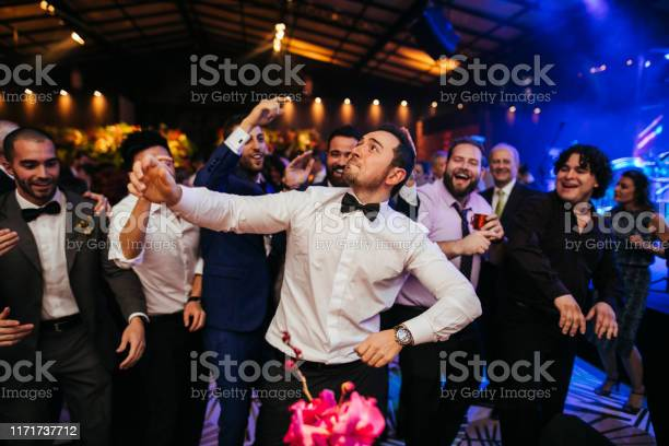 Groom and wedding guests laughing during party picture id1171737712?b=1&k=6&m=1171737712&s=612x612&h=6q6van5xgojranfqy5e8wwqjymwzd2ydsvitbe8s si=