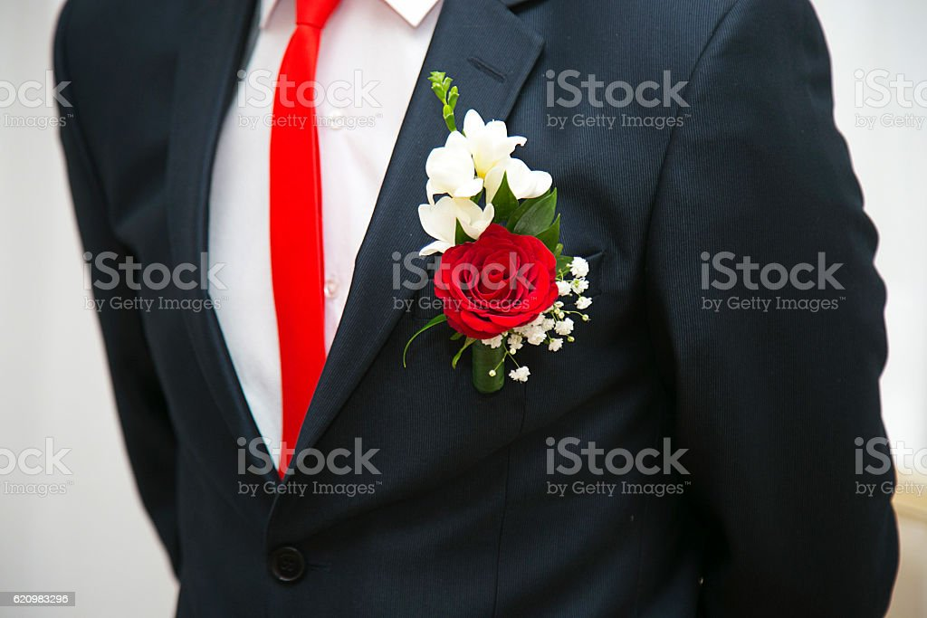 groom boutonniere on the costume foto royalty-free