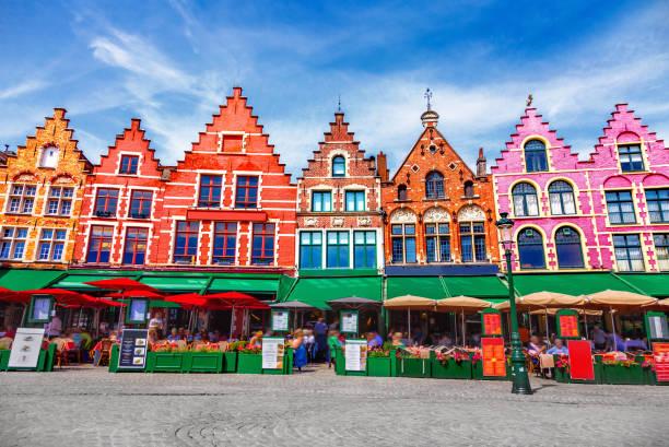 plaza grote markt de brujas - bélgica fotografías e imágenes de stock