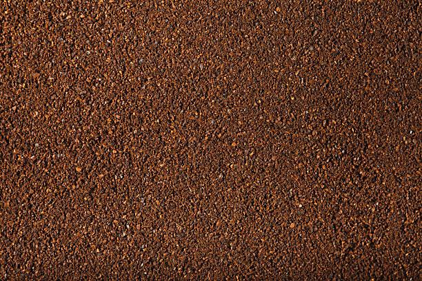 gemahlener kaffee. xxxl - kaffeepulver stock-fotos und bilder