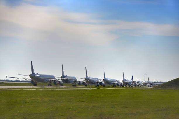 jordat flygplan - grundstött bildbanksfoton och bilder