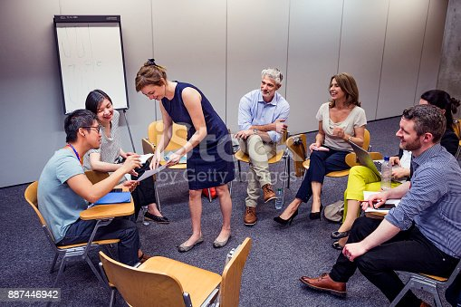 istock Group Circle of Professional Adult 887446942