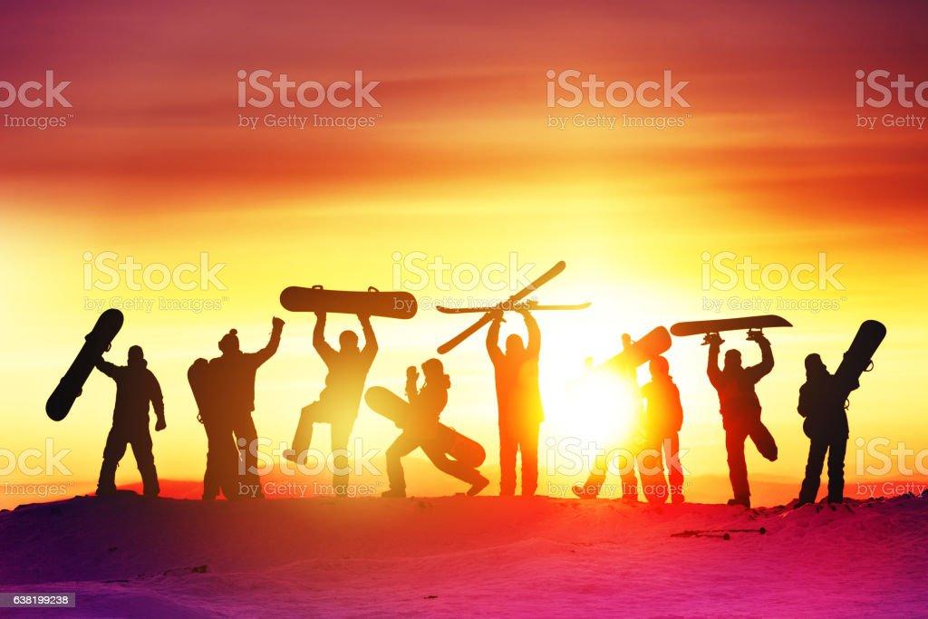 Group happy friends ski resort - foto de stock