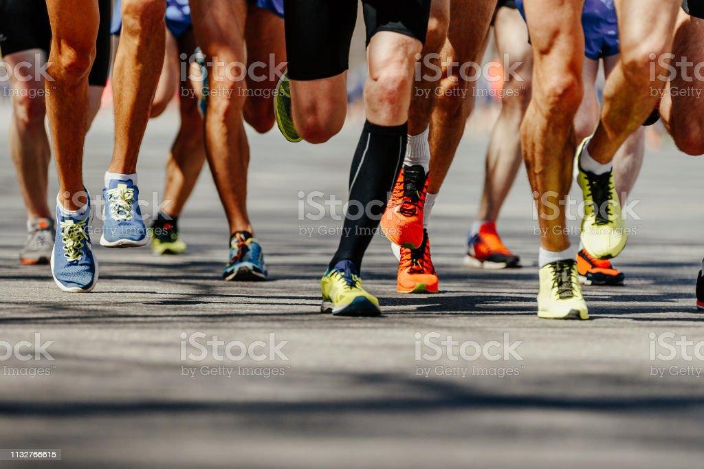 group legs runners athletes - Foto stock royalty-free di Abbigliamento sportivo