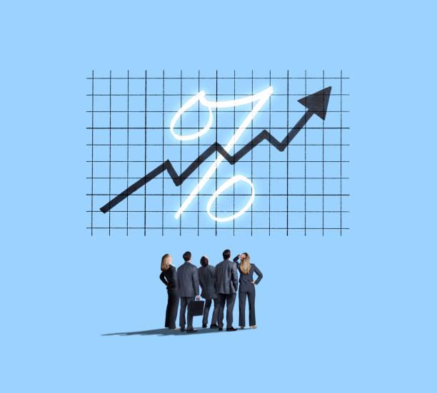 Gruppe von Menschen Businesslook bis zu steigenden Zinsen – Foto