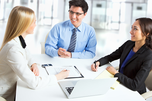 995734014 istock photo Group of business people 482385506