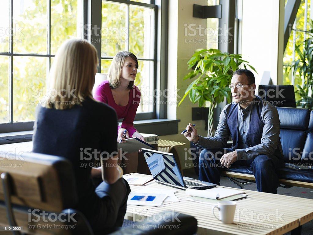 Group of businesspeople meeting in office zbiór zdjęć royalty-free