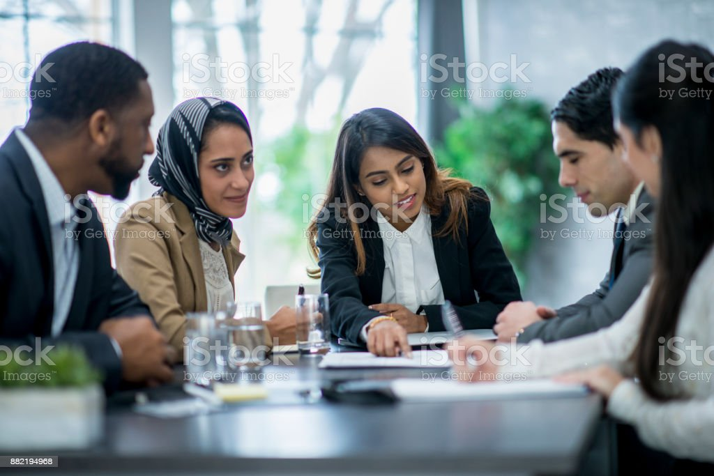 Group Of Businesspeople - Foto stock royalty-free di 25-29 anni