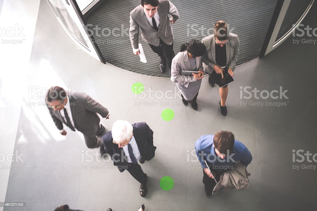 Gruppe von Geschäftsleuten zu – Foto