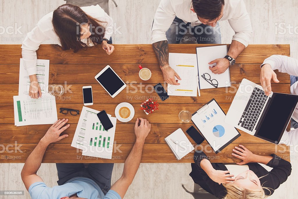 Group of busy business people working in office, top view – Foto