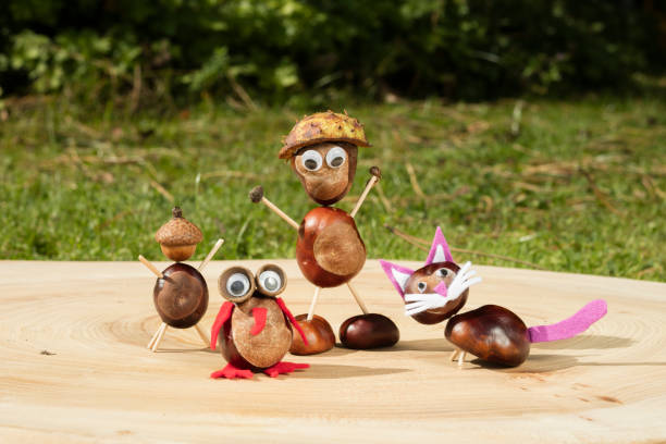 Group of character or figurines made with chestnuts on a wooden in a picture id851926850?b=1&k=6&m=851926850&s=612x612&w=0&h=2jqffdx8hbpdist5m5kdfsxaqwaps362hlvdq7r7bvo=