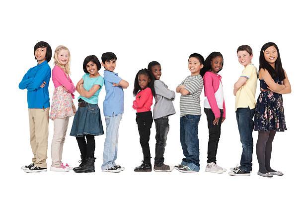 group of children - isolated - 6 7 jaar stockfoto's en -beelden