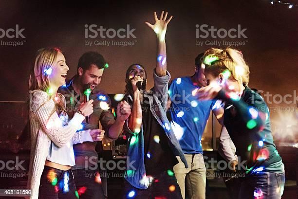 Group of friends doing karaoke picture id468161596?b=1&k=6&m=468161596&s=612x612&h=hkykbpp4d3debgpvviqd7qahadnndefdrerp9vckhs0=
