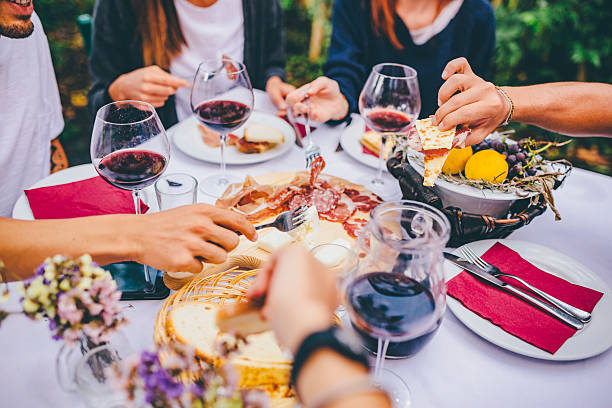 Group of friends enjoying together at a dinner party – Foto