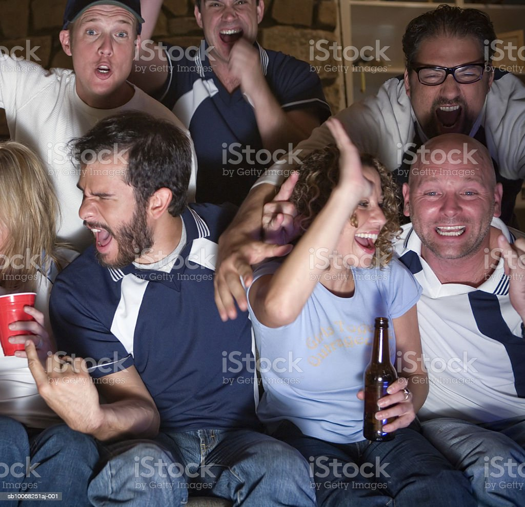 Group of friends watching tv 免版稅 stock photo