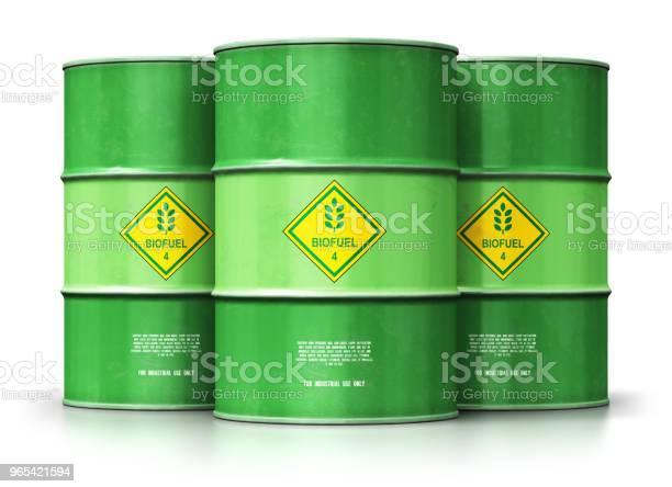 Foto de Grupo De Tambores Do Biocombustível Verde Isolado No Fundo Branco e mais fotos de stock de Barril