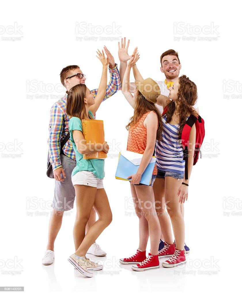 Gruppe von glücklichen Studenten – Foto