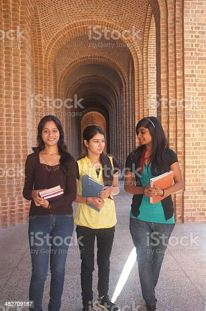 Group of indian college students walking in the corridor picture id482709187?b=1&k=6&m=482709187&s=612x612&h=qo0fyssbxmet1mtuv8rtvhy5kyc5beraagixngtdvwu=
