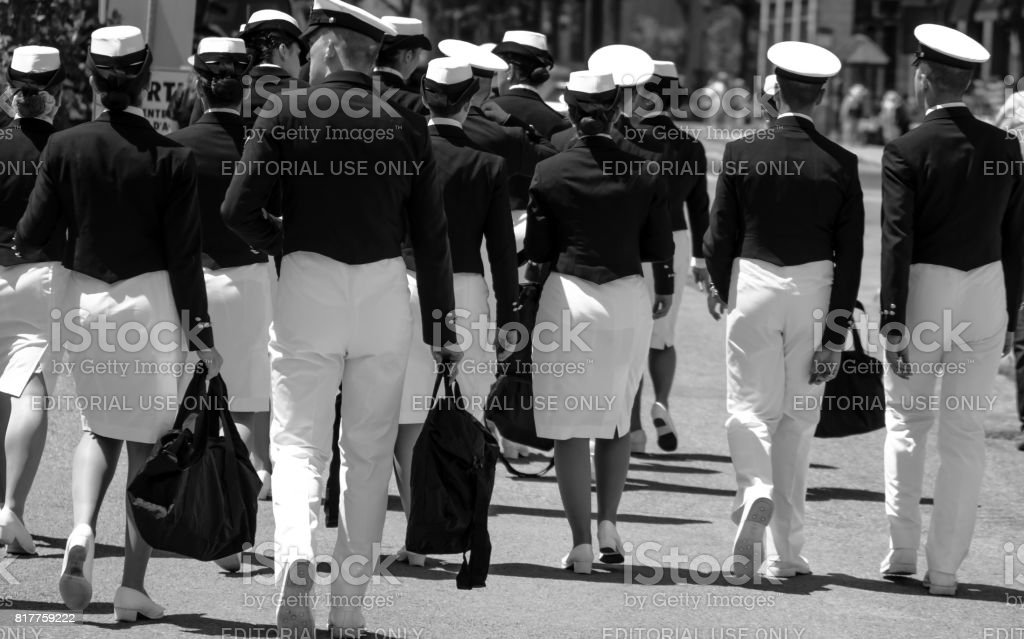 A group of italian sailors cadets walking in Quebec City. - foto stock