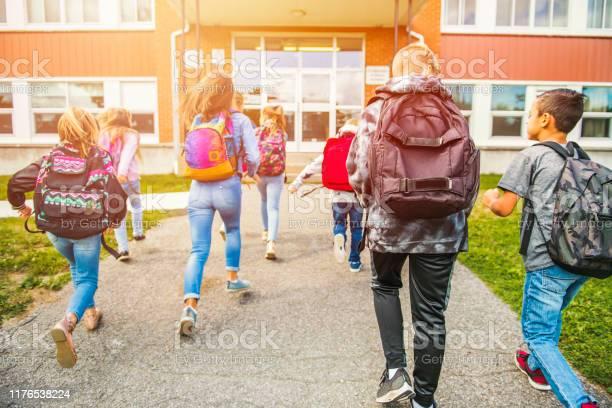 Group of kids go to the school back view picture id1176538224?b=1&k=6&m=1176538224&s=612x612&h=uzmpb m1mlh7hujewizz3dwwyrcre6utvkcr8h62xei=