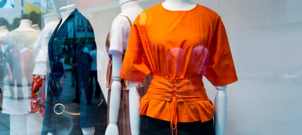 group of mannequins in the shop - store window stock pictures, royalty-free photos & images