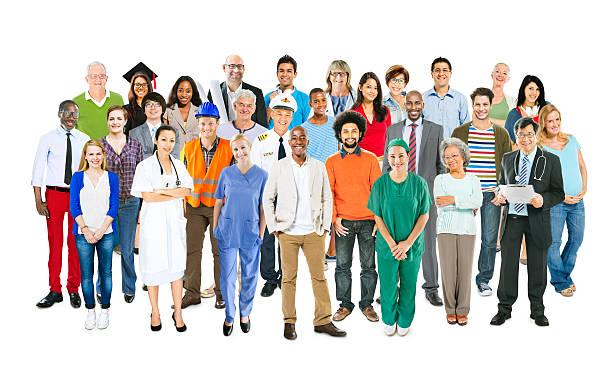 Groupe multi-ethnique pratiquant des activités personnes - Photo