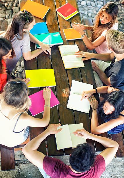 Gruppe von Menschen bei der Arbeit – Foto
