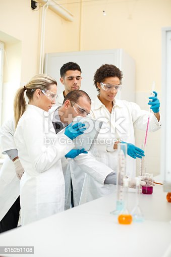 481711196istockphoto Group of people in a laboratory 615251108