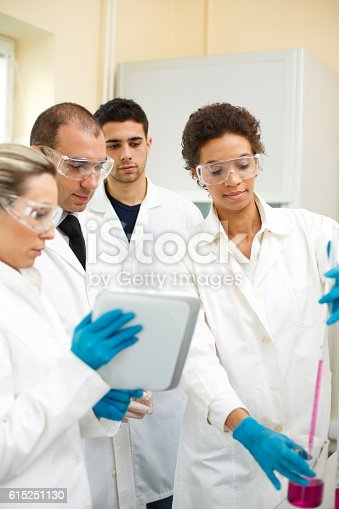481711196istockphoto Group of people in a laboratory 615251130