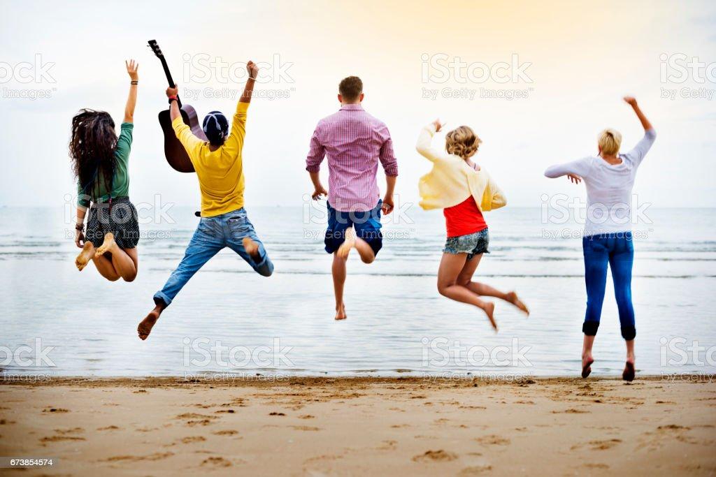 Group Of People Jumping Concept photo libre de droits