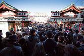 Group of people ウェイティングの浅草寺