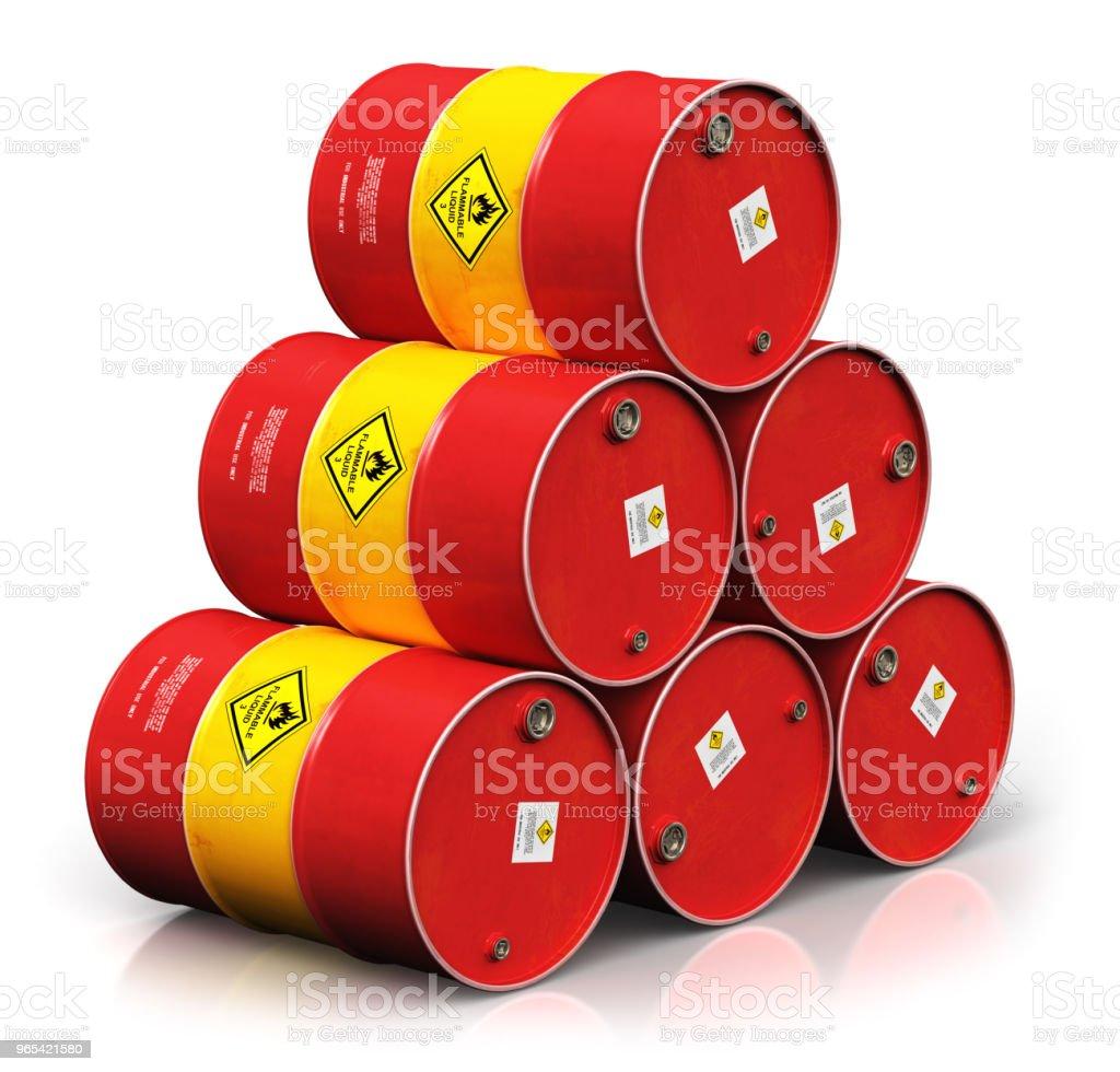 白色背景上孤立的紅油桶組 - 免版稅一組物體圖庫照片