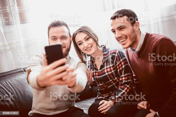 Group of smiling friend taking selfie together at home picture id939840902?b=1&k=6&m=939840902&s=612x612&h=bdeawvscj5bjx93v9ei0exsecmxszzbtt2s6nhpx92a=