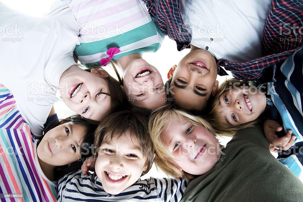 Gruppe Lächelnder multi ethnischen Kinder – Foto