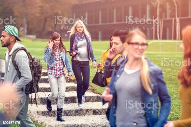 Group of studens hanging in the park picture id690167176?b=1&k=6&m=690167176&s=612x612&h=10rk0zhjra7 khwzf3li23n7vpahzstd xdukfylpgi=