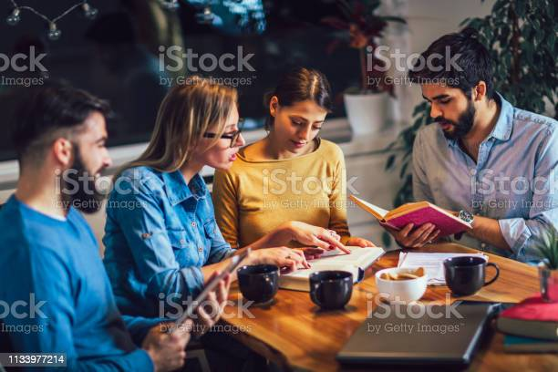 Group of students study at home learning and preparing for university picture id1133977214?b=1&k=6&m=1133977214&s=612x612&h=u845nn ccz8efwugxvftiqvryn2i14acgnlpsjahskq=