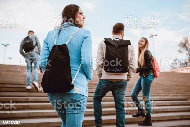 Group of students with backpacks walking to school picture id898992052?b=1&k=6&m=898992052&s=612x612&h=uovgycvamsz8ux5fz bxyf sc7jcc5g5mfx2ln6hibe=
