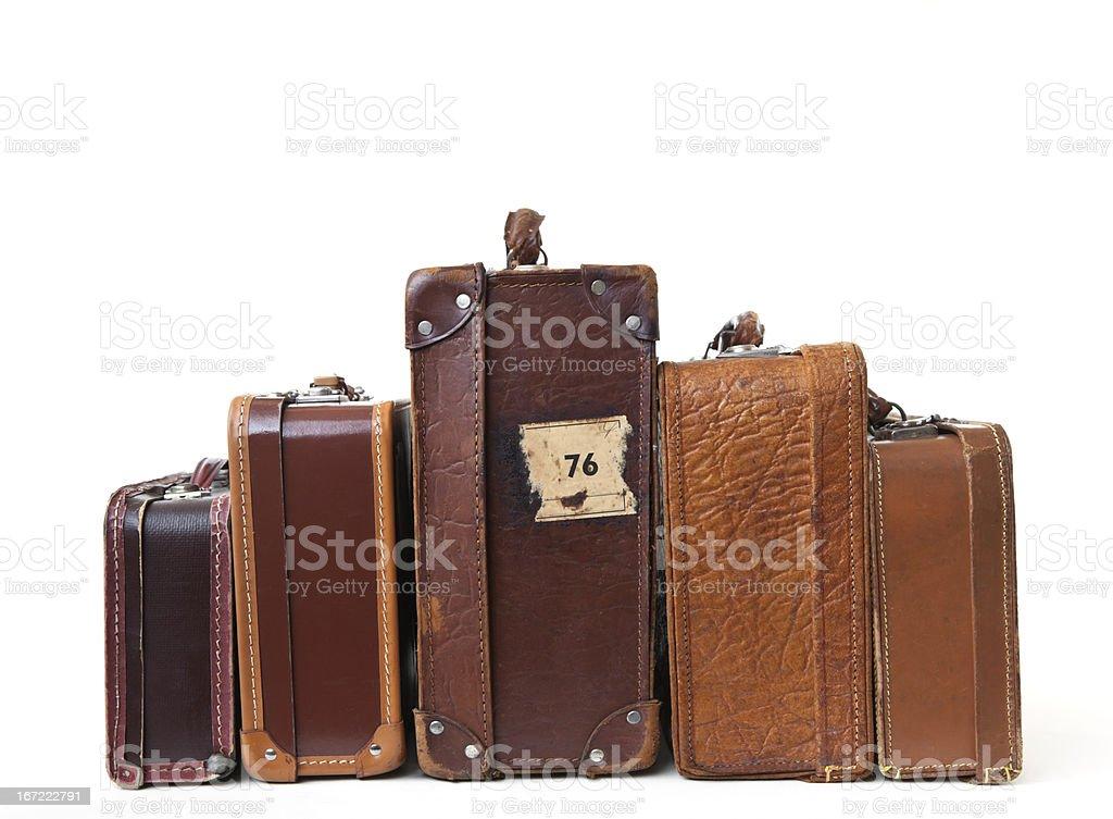 Grupo de malas de couro vintage com rótulos. - foto de acervo