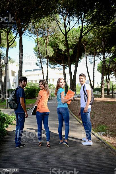 Group young students walking together in high school university picture id595731300?b=1&k=6&m=595731300&s=612x612&h=r8agft3wlm6jekgljfdrw4cgitjcfsx 7tg2ldlpif8=