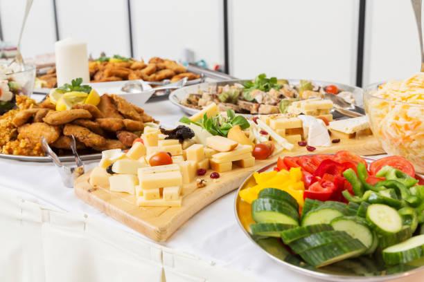 Gruppen von Buffet im luxuriösen Restaurant – Foto