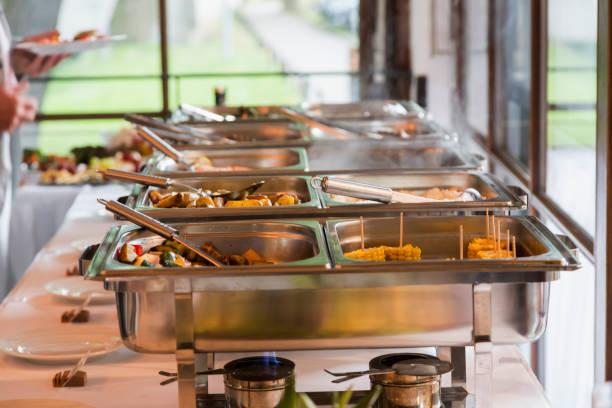 Gruppen von Buffet im luxuriösen Restaurant, selektiven Fokus – Foto