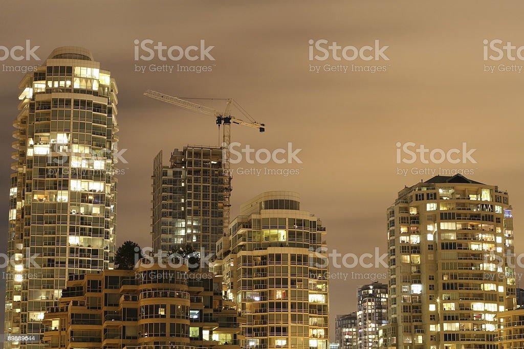 Рост очертания города Стоковые фото Стоковая фотография