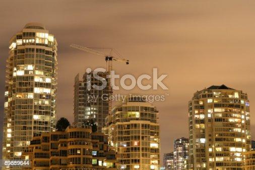 Skyline Di Crescita - Fotografie stock e altre immagini di Accendere (col fuoco)