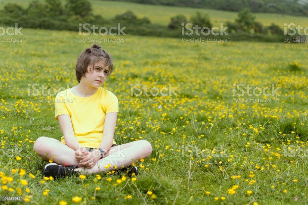 Grumpy adolescent - Photo de 12-13 ans libre de droits