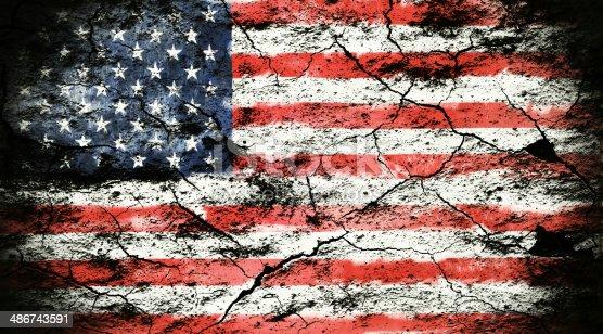 953130996istockphoto Grunge flag of USA 486743591